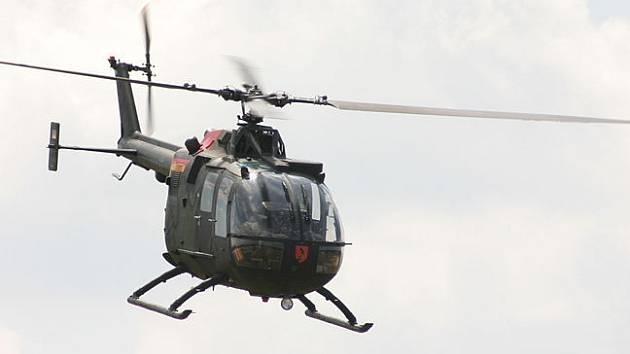 Zřícená španělská helikoptéra nesla typové označení BO-105, jako tato na ilustračním snímku.