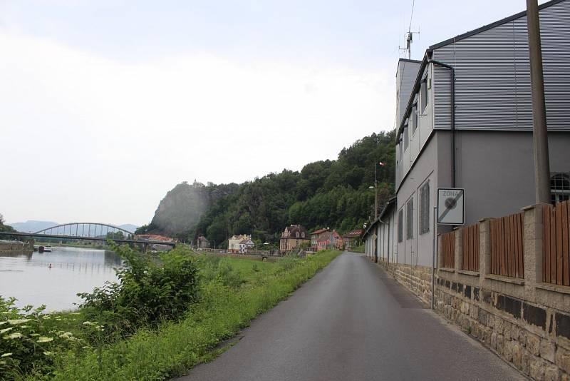 Na břehu mnohdy poklidného a mnohdy hrozícího Labe mají nově upravené zázemí hornožlebští hasiči. Rekonstrukci výrazně podpořila dotace z Evropské unie.