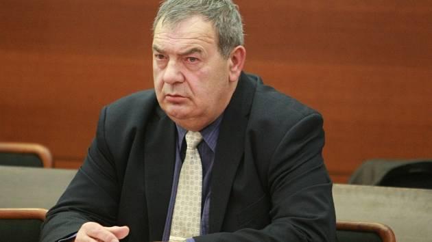 Josef Vondruška možná usedne v zastupitelstvu.