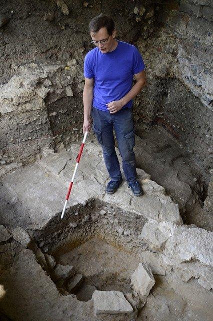 Na pražském Vyšehradě objevili archeologové základy jednoho z někdejších největších kostelů střední Evropy.
