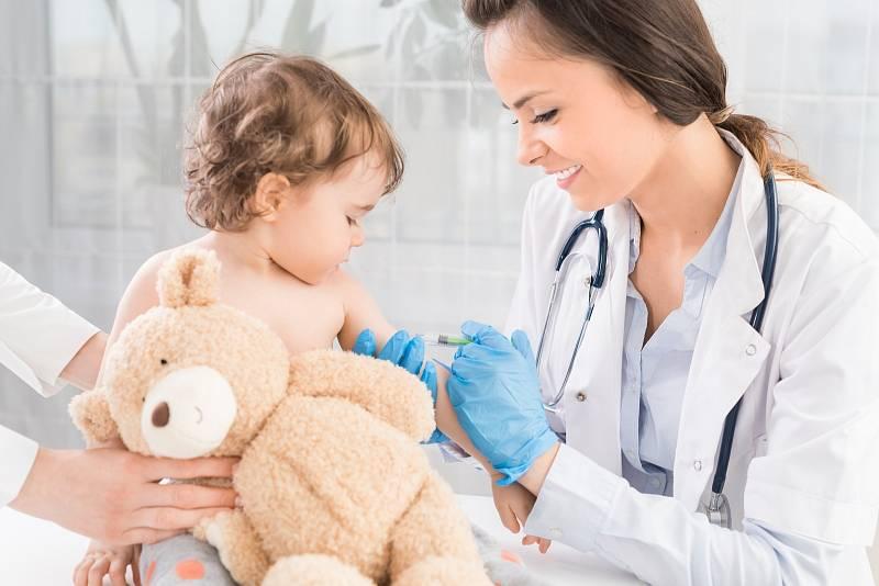 Hexavakcína patří mezi povinná očkování