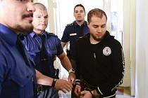 Dominik Kobulnický čelí obžalobě z přípravy teroristického útoku.