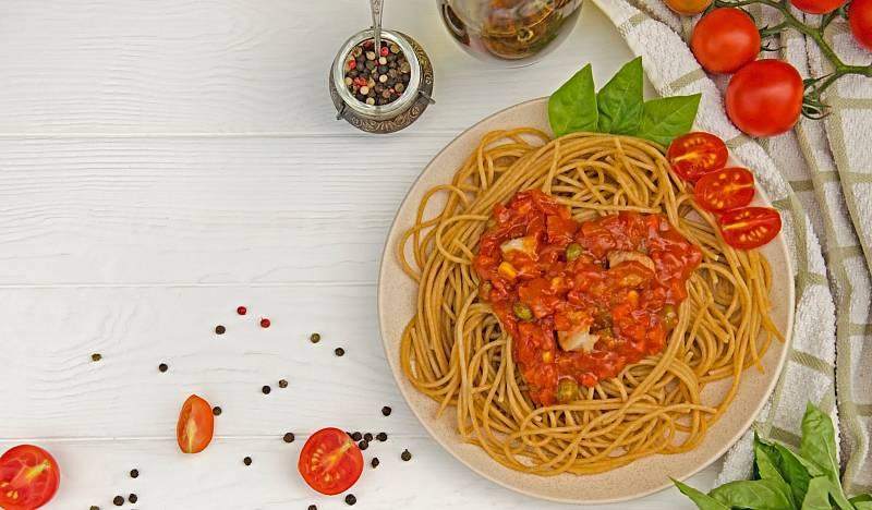 Špagety scherry rajčaty