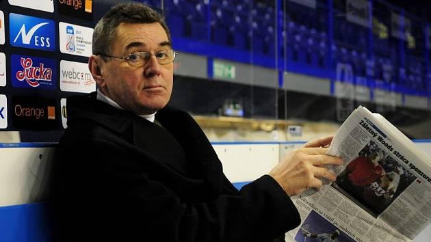 Václav Nedomanský
