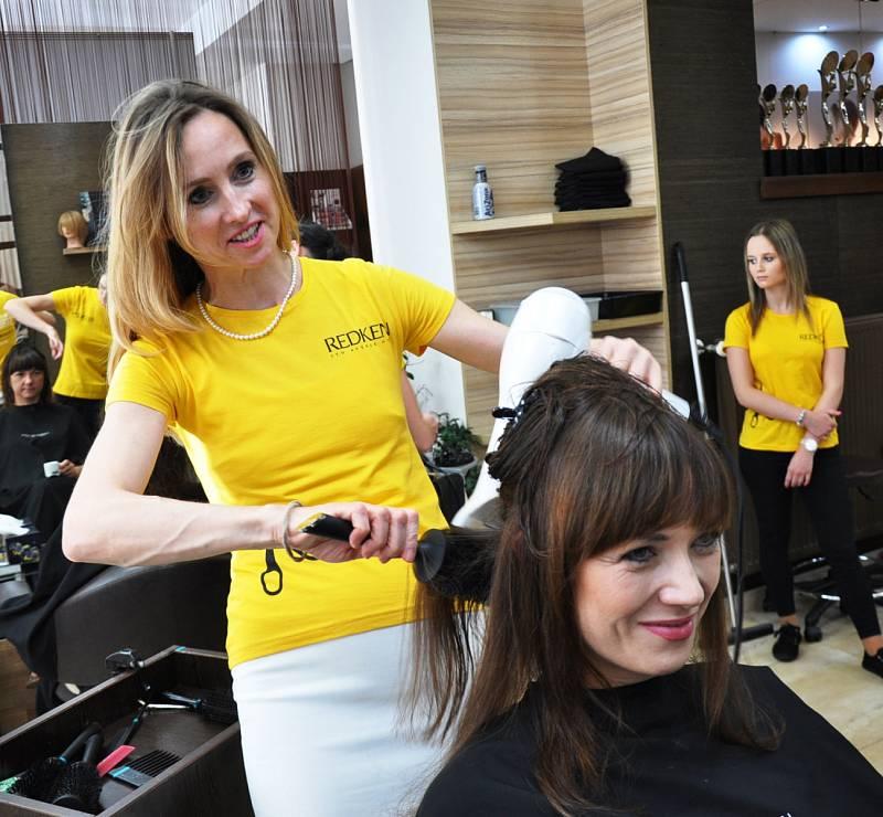 Střihaton 2016 - Jana Burdová a Tereza Kostková