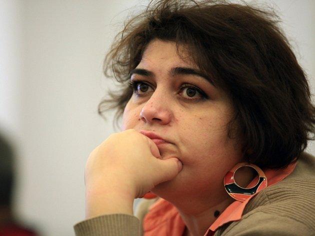Novinářka Chadídža Ismailová známá odhalováním korupce ve vládnoucím klanu.