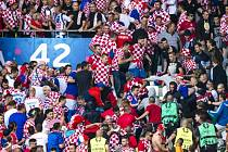 Chorvatští fanoušci v zápase s Českou republikou.
