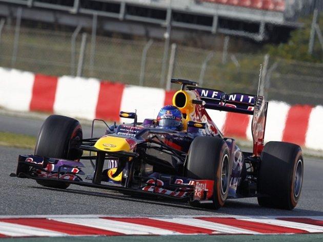 Sebastian Vettel během testů v Barceloně.