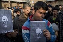 Šítští muslimové truchlí za duchovního Nimr Bákira Nimra.