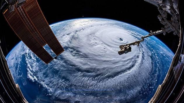 Tajfun Mangkhut zasáhne Filipíny