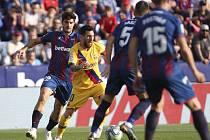 Lionel Messi v utkání Levante proti Barceloně.