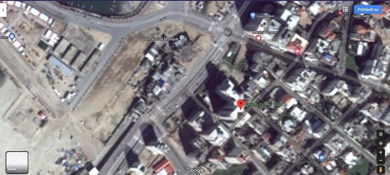 Na satelitních snímcích portálu Google Maps lze vidět budovu Hanadi Tower. Je sice rozmazaná, ale zjevně nepoškozená. Budovu přitom před časem zničil nálet rakety. Snímky současného stavu existují, nejsou ale dohledatelné ve volně dostupných zdrojích.