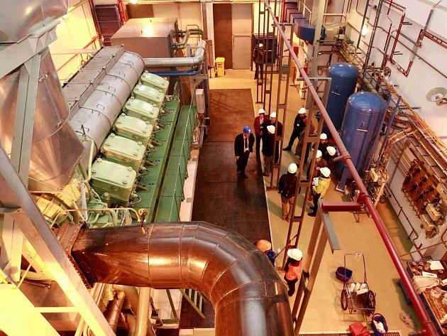 Jeden z osmi dieselgenerátorů v Jaderné elektrárně Temelín. Ilustrační foto