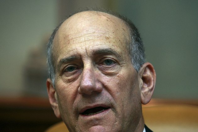 Izraelský premiér Ehud Olmert si z hrozby předčasných voleb těžkou hlavu nedělá.