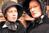 POCHYBY. Amy Adamsová a Meryl Streepová jako sestry James a Aloysius.