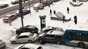 Zima způsobila v kanadském Montréalu hotový chaos.