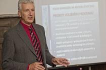 Rektor ČVUT Petr Konvalinka.