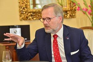 Buď my, nebo populisté s extremisty, říká lídr koalice Spolu Petr Fiala