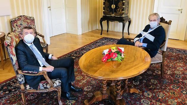 Premiér Andrej Babiš na schůzce s prezidentem Milošem Zemanem
