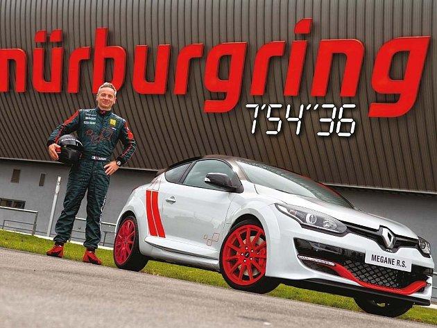 Renault Mégane R.S. 275 Trophy-R je nejrychlejší předokolkou na Nürburgringu.