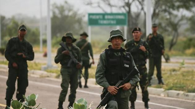 Venezuelští vojáci. Ilustrační snímek