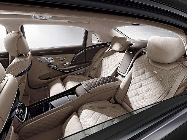 Daimler bude používat značku Maybach pro superluxusní vozy Mercedes-Benz.