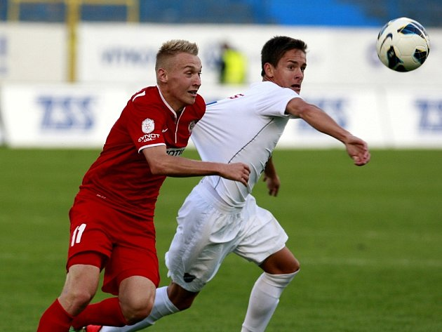 Stanislav Vávra (vlevo) v akci