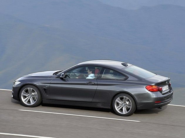 BMW 4 Coupe.