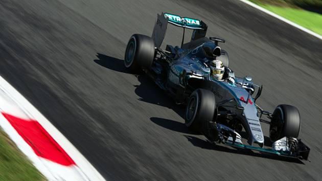 Lewis Hamilton v kvalifikaci na Velkou cenu Itálie.