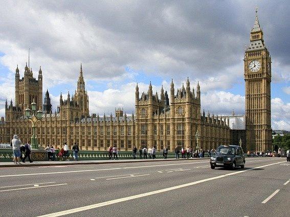 Parlament v Londýně. Ilustrační foto