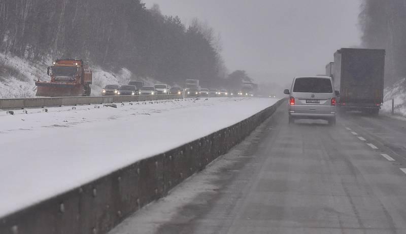 Sníh na dálnici D1