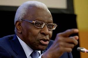 Předseda Mezinárodní atletické federace (IAAF) Lamine Diack