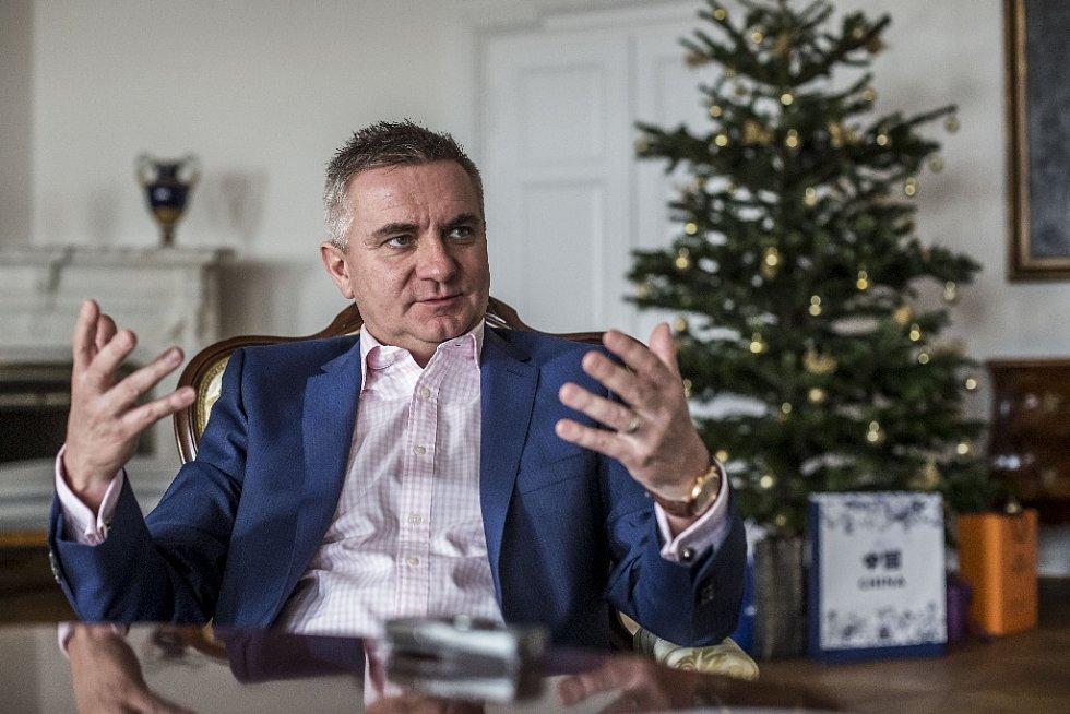 Kancléř Vratislav Mynář.