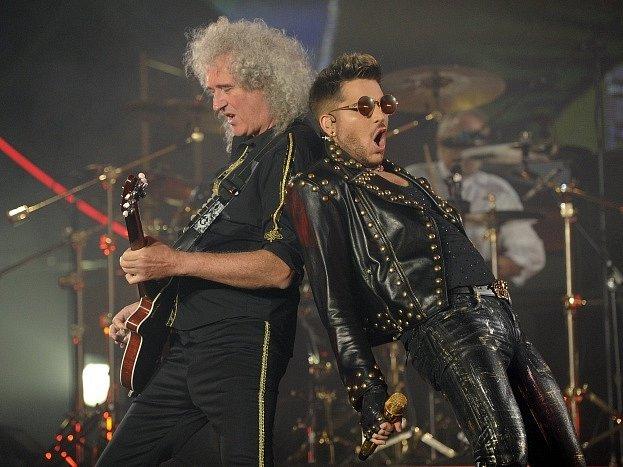 Brian May a Adam Lambert.