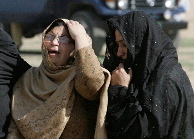 Teroristický útok na šíitskou mešitu jižně od Islámábádu