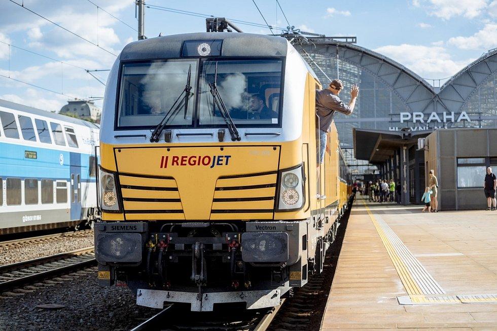 Vlak RegioJet. Ilustrační snímek