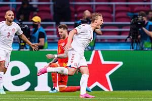 Kasper Dolberg se proti Walesu prosadil hned dvakrát.