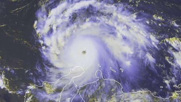 Hurikán Felix na fotografii ze satelitu.