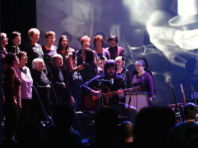 Koncert Please The Trees – Elpida Tour 2011/2012 se konal vPaláci Akropolis ve středu 30.listopadu.
