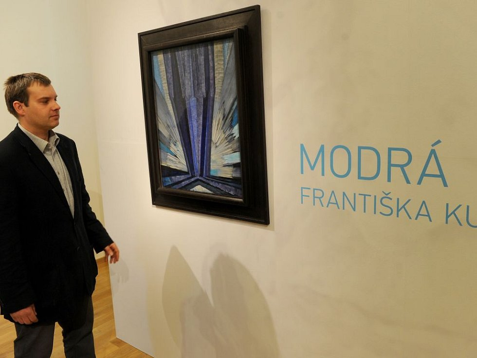 Kupkův Tvar modré se prodal za rekordní sumu v aukci.