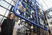 Plastika Entropa výtvarníka Davida Černého
