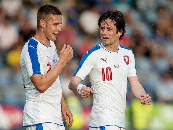 Zleva Pavel Kadeřábek a Tomáš Rosický.