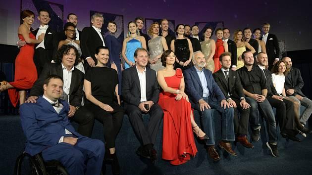 Tvůrci a účastníci desátého pokračování televizní taneční soutěže StarDance na tiskové konferenci 10. září 2019 v Praze