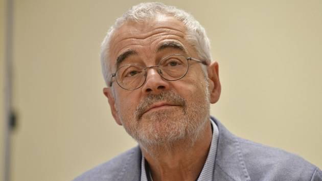 Ředitel Židovského muzea v Praze Leo Pavlát.