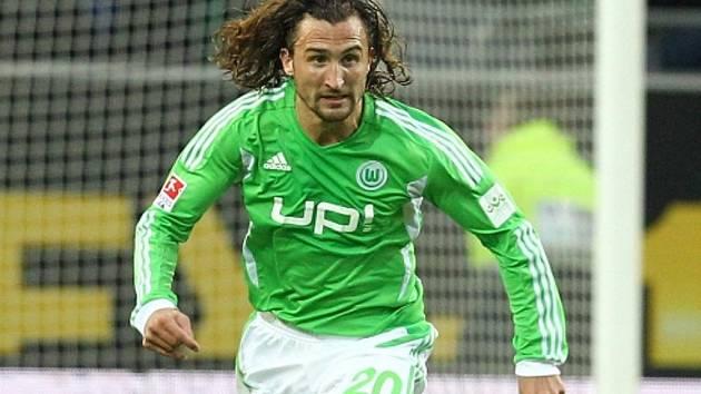 Záložník Wolfsburgu Petr Jiráček.