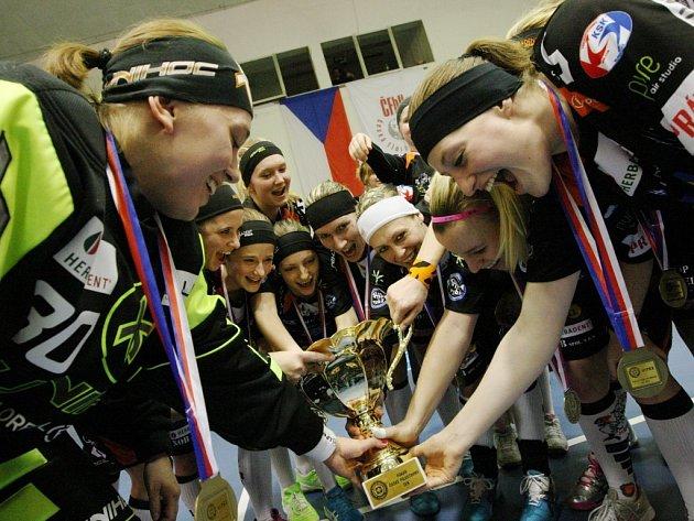 Herbadent podeváté za sebou vyhrál florbalový pohár.