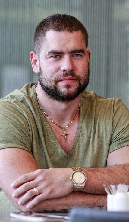 Hokejista Roman Polák.