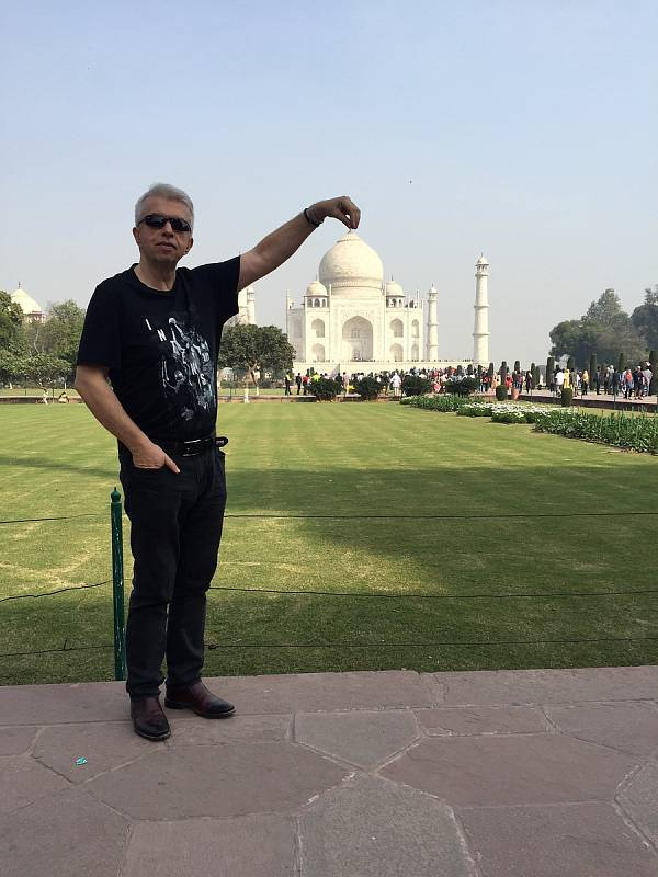 Houslový virtuoz na cestách po celém světě - Indie