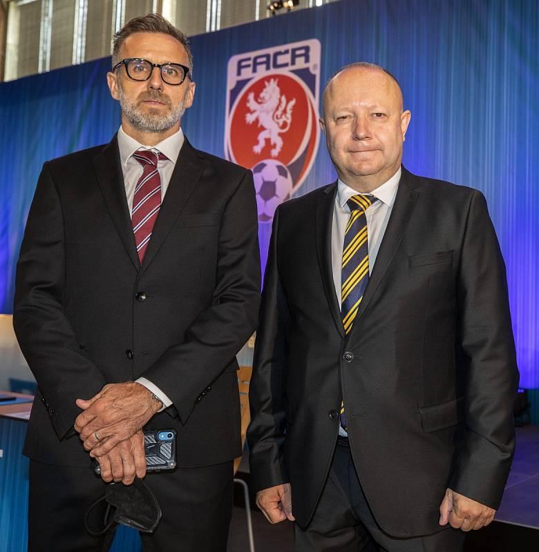 Petr Fousek a Karel Poborský, dva kandidáti na předsedu FAČR.