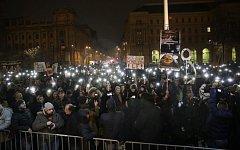 Studentská demonstrace před maďarským parlamentem